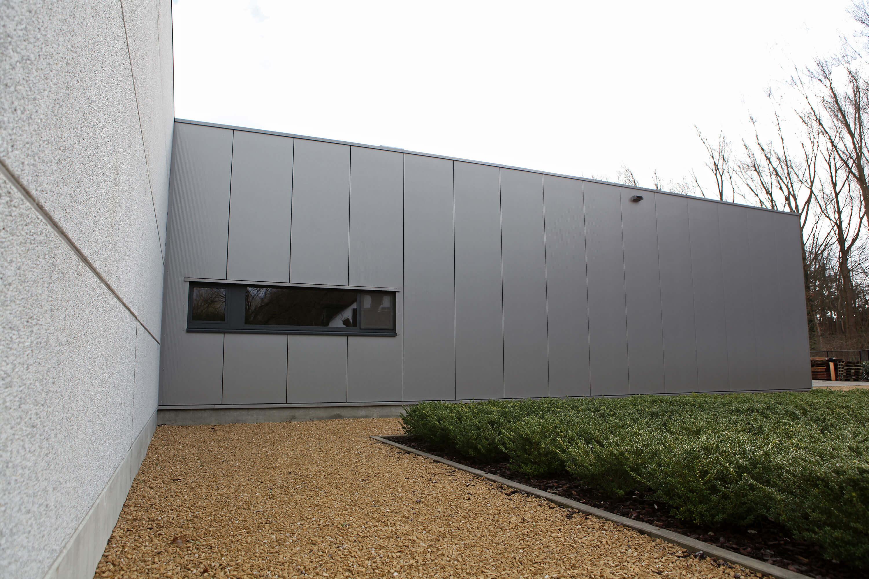 Bedrijfsgebouw met toonzaal_architect Do Modus